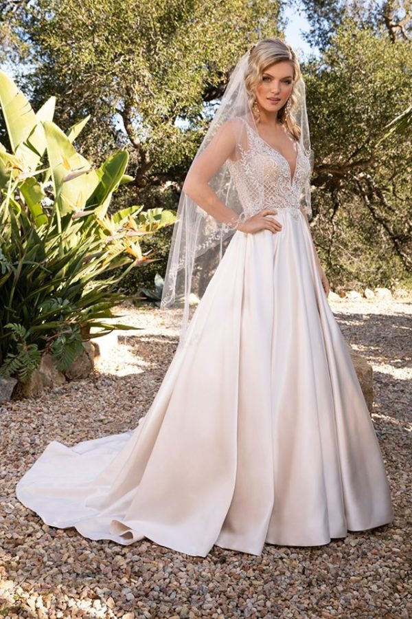 Casablanca bridal dress 2387 Lizzie